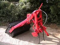 TRACTOR LOADER / TRANSPORT BOX , ideal for small holding or stables
