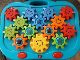 Turning cog toy