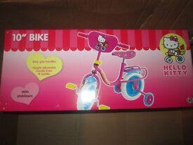 "HELLO KITTY KIDS/GIRLS 10"" INCH BIKE + WITH STABILISERS PINK brand new in box"