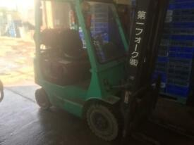 Fork lift for sale Mitsubishi in good working condition 1800kg