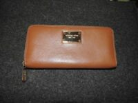 Beautiful Michael Kors purse (Original)