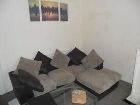 CHADWELL HEATH - 1 BEDROOM GROUND FLOOR GARDEN FLAT.