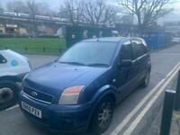 Automatic ford 5 door ! Ulez free! Very good car!