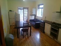 NICE AND CHEAP DOUBLE ROOM + LIVING ROOM + GARDEN + ALL BILLS