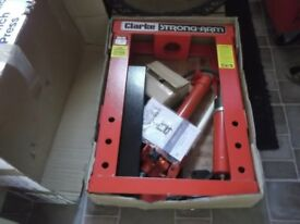 clarke strong arm 10 tonne hydraulic bench press