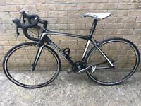 Trek Madone 5.2. Carbon road bike 52cm Ultegra brakes & chain set race light wheels with conti tyres