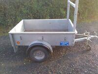 Car trailer 5ft4x3.8ft