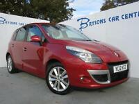 RENAULT SCENIC 1.5 dCi 110 I-Music (red) 2012