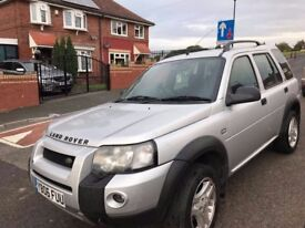 Landrover freelander td4 .deisel. manual . Service history. Heated seats . leather interior . .