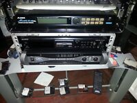 qsc powerlight 3,500 watts amp