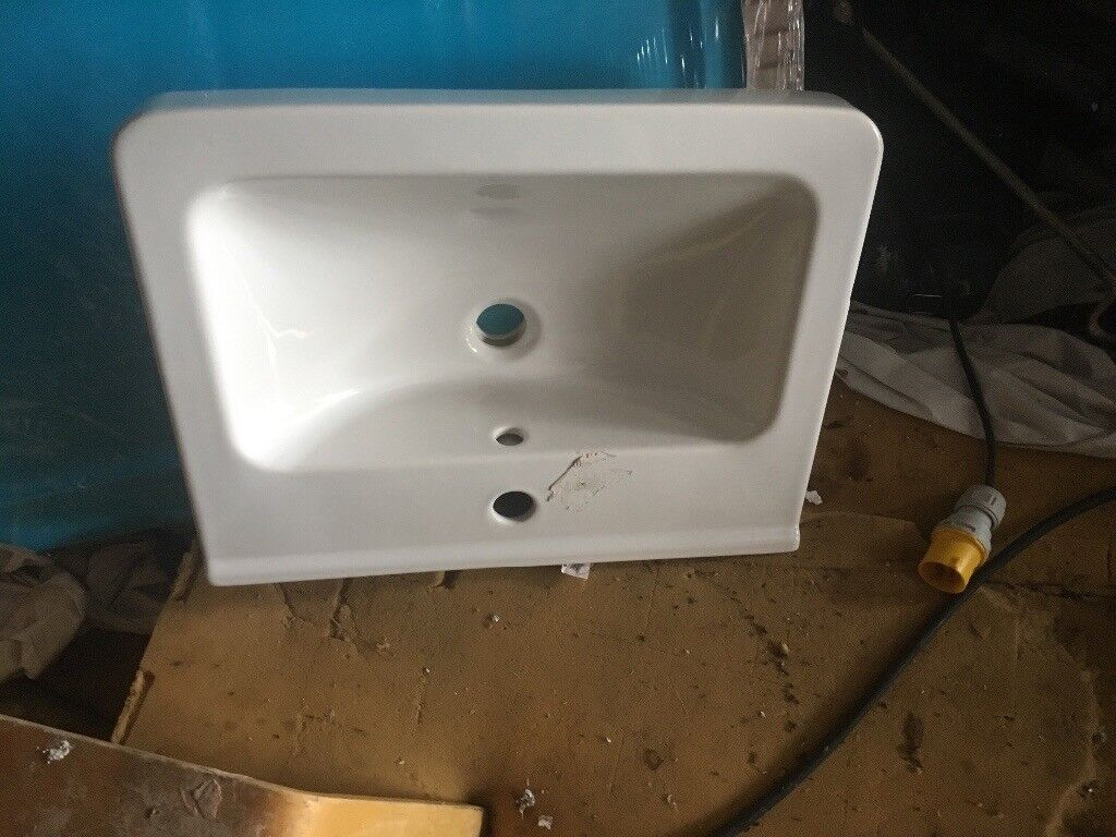 New square sink