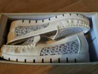 Ladies Shoes new £5 both