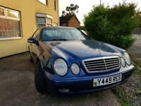Mercedes-Benz W208 CLK 320