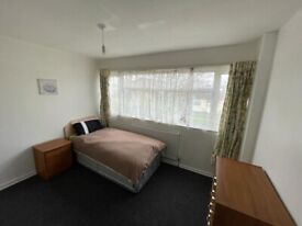 **FULLY FURNISHED ROOMS TO LET**SUPPORT PROVIDED**DSS ONLY**MAYPOLE**BELL MEADOW WAY**