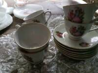 Tea cups and saucers set of 6