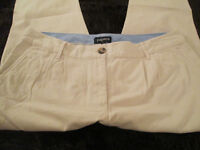 LADIES ON-TREND CREAM CHINO TROUSERS WITH TURN UP - SIZE 14 - EXC COND.