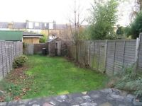 Apostles Two Double Bedroom House in Raynes Park with Private Garden