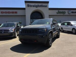 2017 Jeep Grand Cherokee Trailhawk, Management Driven LOW KM