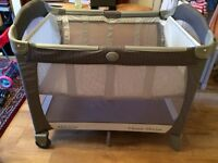 Graco Electra travel cot + mattress Laura extra thick