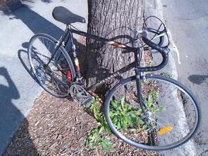 """Vélo de route Peugeot cadre 22"""""""
