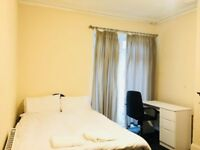 Executive Double Room in Friendly Houseshare.