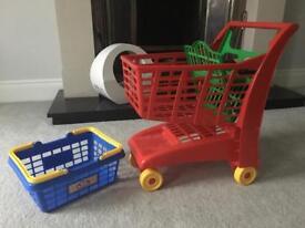 Toy shopping trolley & basket