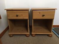 Pair matching bedside units tables. Robust, great condition, super value