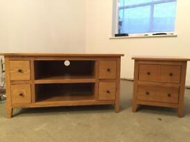 TV STAND & LAMP TABLE SOLID OAK