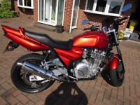 Yamaha xjr1300 Low Miles and Lovely Paintwork
