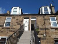 charming 2 bed home in Abbeyhill Colonies (1 double 1 single) 'upper' with garden