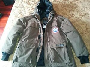 Canada Goose kensington parka outlet authentic - Canada Goose Jacket | Buy & Sell Items, Tickets or Tech in Ottawa ...