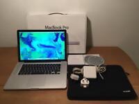 MacBook Pro 15 Inch - i5 - 320 GB HD - 4 GB Ram - Mid 2010 - Apple