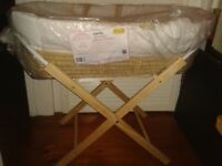 BABY GIRLS MOSES BASKET AND WOODEN STAND NEW IN WRAPPER