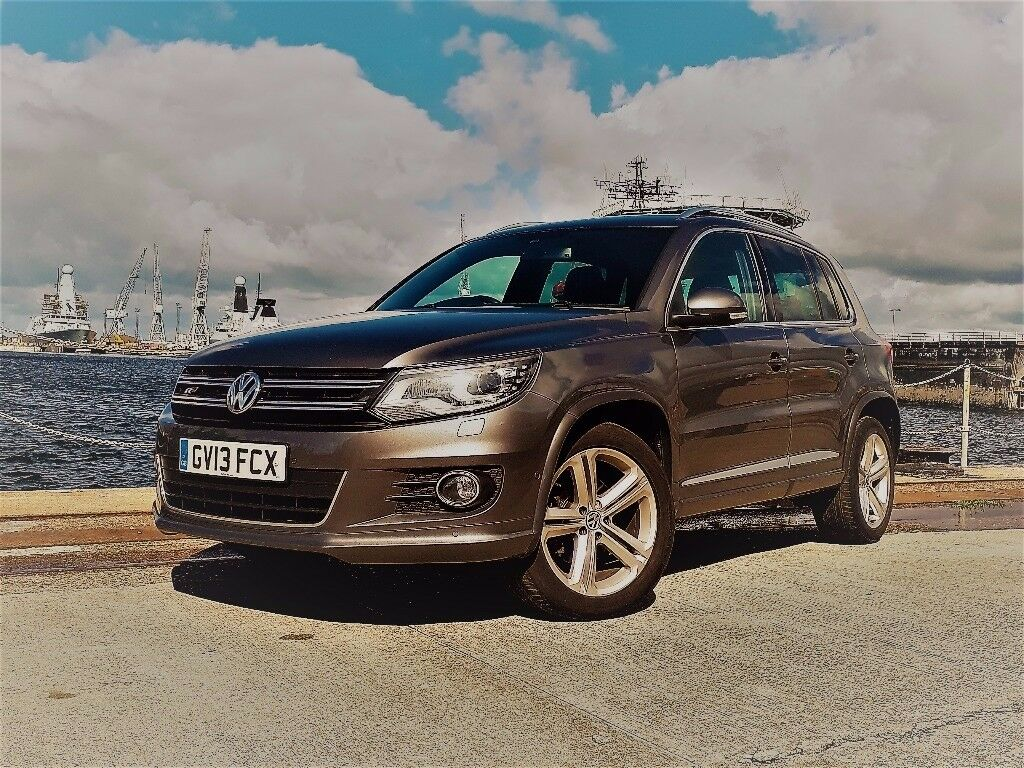 vw tiguan r line 4 motion cruise control high end. Black Bedroom Furniture Sets. Home Design Ideas