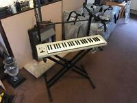 Double keyboard stand holds 2 keyboards very good condition