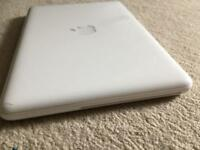 Macbook unibody late 2010 upgraded 500GB-screen damage with charger