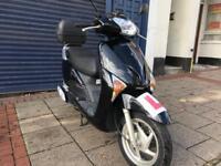 HONDA LEAD 2011 BLACK 110 cc stunning low mileage not Vespa pcx hpi clear!!