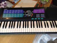 Yamaha PSR 185 portable electronic keyboard + accessories
