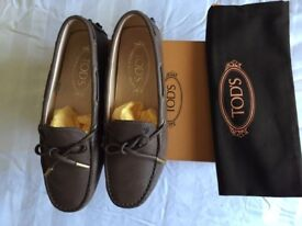 tods Gommino driving shoes Women with box BRAND NEW s.35 uk 2