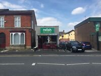 FITTED & READY TO TRADE CAFE TO LET: STOCKPORT: REF: G8759