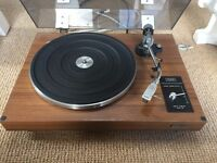 Good condition, plays well Hitachi PS-8 turntable