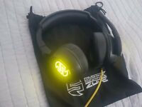Sharkoon Shark Zone H40 50mm Gaming Headset, Yellow Illuminated, Adjustable Mic