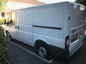 ****WHITE FORD TRANSIT 2009*****