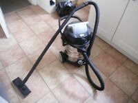 Grizzly 1400w Wet and Dry Vacuum Cleaner Hoover