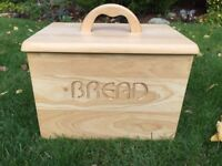 Bread bin, wooden, kitchen, farmhouse, kitchen storage