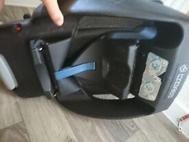 Maxi cosi newborn car seat with maxi cosi easy base