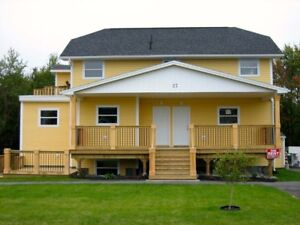 Spacious 3 Bedroom Lower Unit Flat in Cole Harbour!