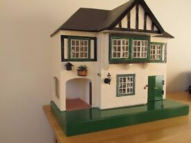Triang Dolls House No. 61