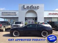 2011 CHEVROLET CAMARO 1LS - LOW KM SPORTS COUPE and APPROVED!