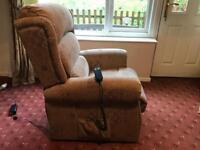 Electric recline & rise chair
